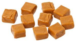 Ie Zubereitung der Kirschmarmelade mit Feige und Karamell
