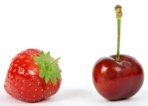 Leckere Erdbeer-Kirschmarmelade zum Frühstück