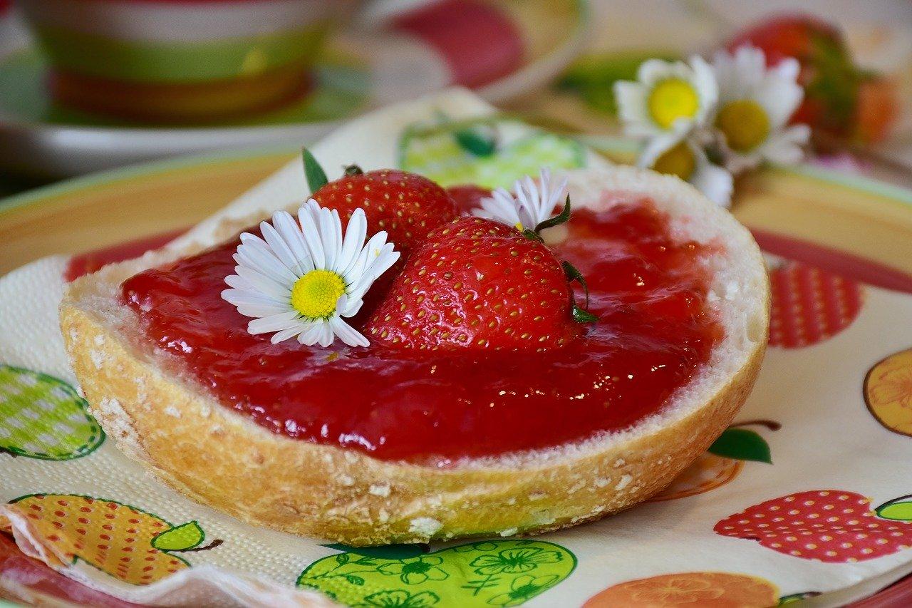 Erdbeer-Karamell-Marmelade einkochen